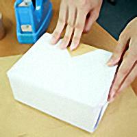 真空成形に付帯する加工(流通加工)