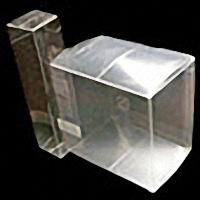 真空成形に付帯する加工(透明箱)